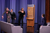 VIDEO: Queen Latifah & Fred Armisen Compete in Game of 'Humannequins' on TONIGHT SHOW