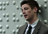 VIDEO: Sneak Peek - THE FLASH Returns with 'Borrowing From the Future' Episode