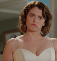 VIDEO: Sneak Peek - 'Is Josh Free in Two Weeks?' Episode of CRAZY EX-GIRLFRIEND