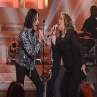 VIDEO: Constantine Maroulis Returns to Tonight's AMERICAN IDOL to Reprise His Most Memorable Performance!