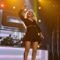Grammy Winner Christina Aguilera to Teach Singing MasterClass