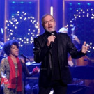 VIDEO: Neil Diamond Performs 'The Christmas Medley' on TONIGHT SHOW
