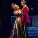 BWW Review: THE MERRY WIDOW Comes Up Singing at Lyric Opera