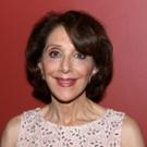 Tony Winner Andrea Martin to Guest on ABC's MODERN FAMILY, 12/9