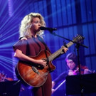 VIDEO: Tori Kelly Performs Moving Cover of 'Hallelujah' on LATE NIGHT
