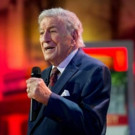 VIDEO: Tony Bennett Performs Holiday Classic 'I'll Be Home for Christmas'