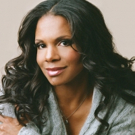 BWW Review: The Queen of Broadway, Audra McDonald Returns to Chicago at Steppenwolf Theatre