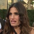 VIDEO: Idina Menzel Explains Special Connection to Latino Fans on 'MUSIC AWARDS' Red Carpet