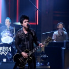 VIDEO: Green Day Performs 'Bang Bang' on TONIGHT SHOW