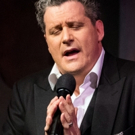BWW Review: Nothing is Off Limits for Isaac Mizrahi in Café Carlyle Debut DOES THIS SONG MAKE ME LOOK FAT?