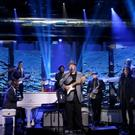 VIDEO: Christopher Cross Performs Classic Hit 'Sailing' on TONIGHT SHOW