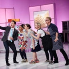 Celebrity-Filled CUPCAKE WARS Heads to Food Network This July
