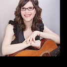 BWW Interview: Grammy Nominated Singer-Songwriter LISA LOEB Appears at the Copa Palm Springs, 12/11