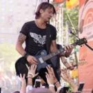 Photo Flash: Country Music Star Keith Urban Heats Up TODAY Show Plaza