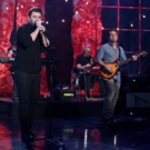 Country Star Chris Young Performs 'I'm Comin' Over' on ELLEN