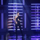 VIDEO: Hailee Steinfeld Performs New Song 'Starving' on LATE NIGHT