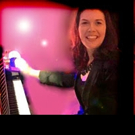 'The Human iPod' Nicole Pesce Performs in Peoria Tonight