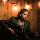 Hayes Carll's Video for 'The Magic Kid' Premieres on The Wall Street Journal