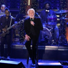 VIDEO: Kenny Rogers Performs Holiday Classic on TONIGHT SHOW