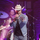 VIDEO: Dustin Lynch Performs 'Mind Reader' on LATE NIGHT