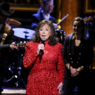 VIDEO: Loretta Lynn Performs 'Everything It Takes' on TONIGHT SHOW