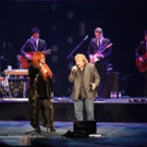 Lou Gramm Joins Wynonna Judd On Stage at Vegas' Venetian Theatre