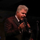 Photo Coverage: Steve Tyrell Comes Home For The Holidays At Cafe Carlyle