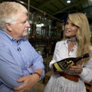 Supermodel Christie Brinkley to Visit CBS SUNDAY MORNING, 11/20