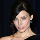 'Mad Men's Jessica Pare to Star in New CBS Navy SEAL Drama Pilot