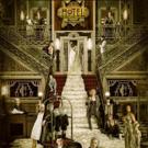 Cheyenne Jackson Shares Photo of AHS: HOTEL Cast Gathered on Steps of Creepy Hotel Cortez