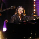 VIDEO: Norah Jones Performs 'Don't Be Denied' on LATE LATE SHOW