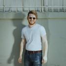 Aussie R&B Artist Sam Fischer Drops Sultry 'Lean' Video Today