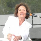 Singer-Songwriter Julie Gold Coming to Bridge Street Theatre, 6/4