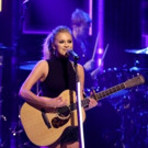 VIDEO: Country Music Star Kelsea Ballerini Performs 'Yeah Boy' on TONIGHT SHOW