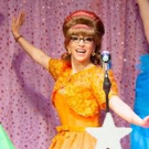BWW Review:  Christina Bianco Featured In THE MARVELOUS WONDERETTES