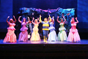 BWW Review: DISNEY'S THE LITTLE MERMAID Splashed With Color and Cheer Thru Oct 2