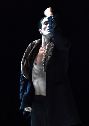 BWW Review: Gauthier Dance/Dance Company Theaterhaus Stuttgart Brings Nijinski to New York City