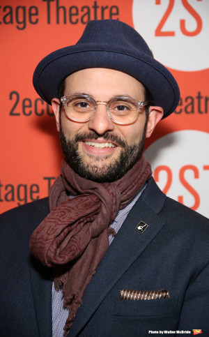 Arian Moayed, Sherie Renee Scott and Micah Stock to Lead Dual-Language HAMLET at Waterwell