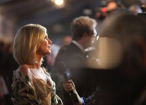 Olivia Newton-John Postpones Concert Dates After Breast Cancer Diagnosis