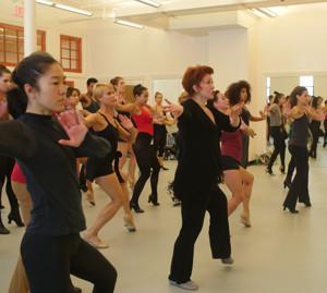 BWW Featured Dance Studio: STEPS ON BROADWAY