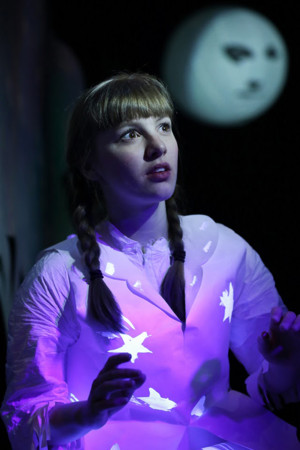 HANNA AND THE MOONLIT DRESS to Glow at 14th Street Y This December