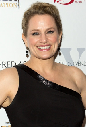 Tony Winner Cady Huffman to Join SHEAR MADNESS; Play to Transfer to Davenport Theatre