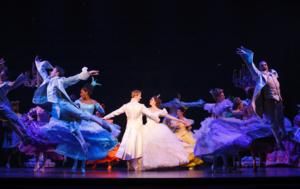 BWW Reviews: CINDERELLA Gets the Royal Treatment