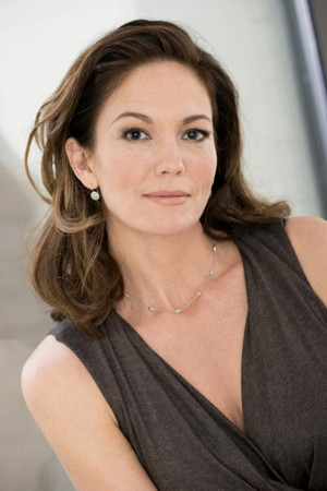 Diane Lane Receives Award for Cinematic Excellence at Closing of Sarasota Film Festival