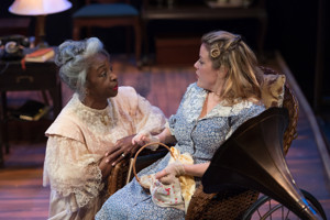 BWW Review: Upstream Theater's Truly Special THE GLASS MENAGERIE