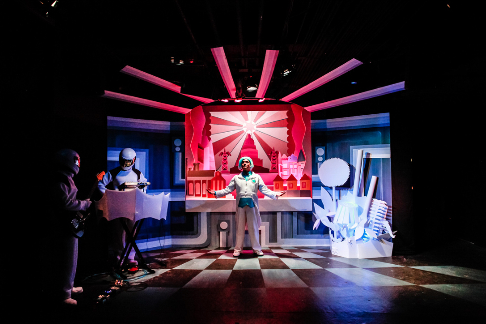 BWW Review: Pointless Theatre's .d0t:: A ROTOPLASTIC BALLET Brings Futurism to Life