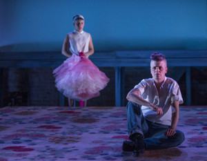 BWW Review: Will Davis Casts An Imaginative, Modern Lens on William Inge's PICNIC
