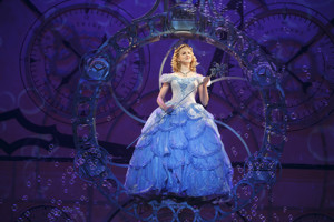 Rejoycify! Ginna Claire Mason Will Join WICKED Tour as Glinda