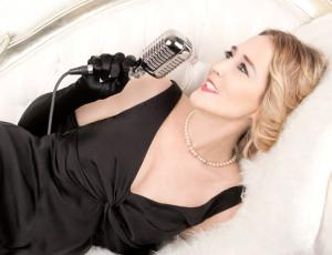 BWW Reviews: ADELAIDE CABARET FRINGE 2015: JEN DE NESS IN SEE THINGS LIKE YOU Looks At The Lives Of Patrons Of A Tango Club