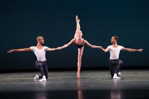 BWW News: Dance Theater Of Harlem Dancer Teaches Ballet at Northwest School of the Arts